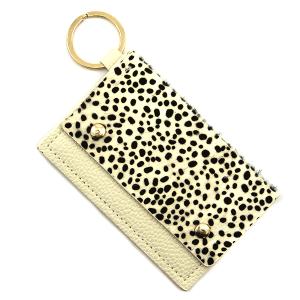 Keychain 109d 01 cheetah print card holder white