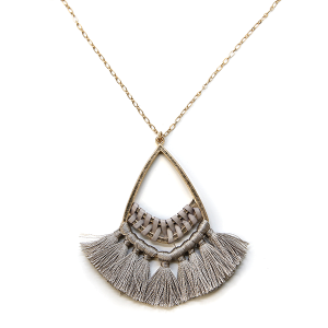 Necklace 1060 01 Influence tear drop contemporary tassel necklace gray