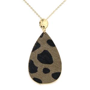 Necklace 592g 01 City leather necklace tear drop spots gray black
