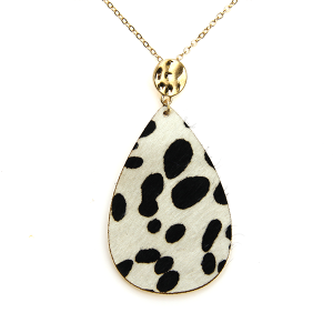 Necklace 057b 01 City leather necklace tear drop spots black white