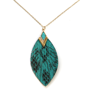 Necklace 856 01 CITY feather fringe leather necklace green