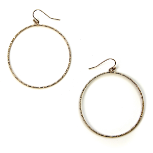 Earring 391e 06 V contemporary hoop earrings gold