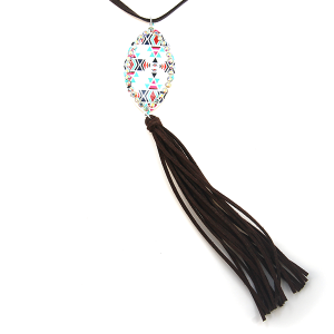 Necklace 1476 18 Treasure string oval drop tassel geometric aztec white