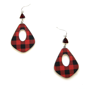 Earring 1590c 18 Treasure buffalo plaid checker dangle earrings black red