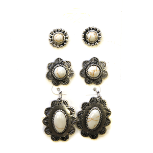Earring 2300d 18 Treasure 3 set navajo earrings white