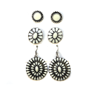 Earring 2677e 18 Treasure 3 set navajo style earrings white