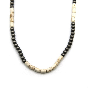 Necklace 1422a 18 Treasure navajo bead choker necklace white