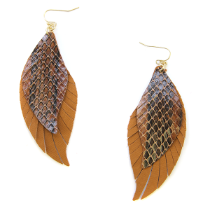 Earring 2409c 25 Tell Your Tale fringe cut feather snake earrings leather brown