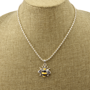 Necklace 1530 40 Icon Collection bee
