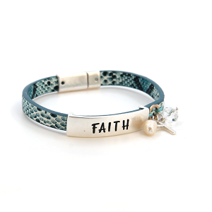 Bracelet 469b 47 Oori faith magnetic band charm snake print blue
