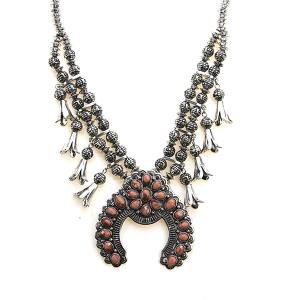 Necklace 1813 47 Oori navajo stone arc necklace silver pink