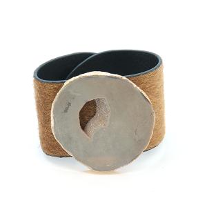 Bracelet 797a 47 Oori cuff faux fur stone beige