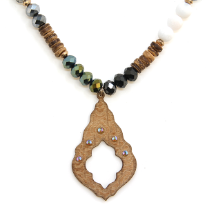 Necklace 1280 47 Oori Western Chic bead wood necklace