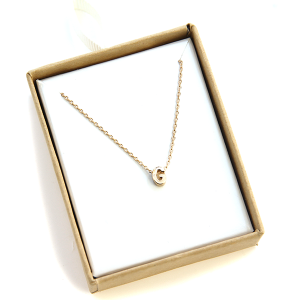 "Necklace 2033 64 Isles & Stars letter necklace ""G"" - Gold"