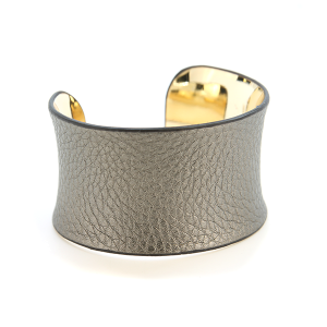 Bracelet 613c 65 Core tumbled leather cuff silver