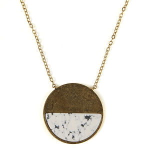 Necklace 847 82 Avant contemporary circle pendant resin necklace white