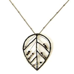 Necklace 390b 71 Viola leaf bead necklace silver