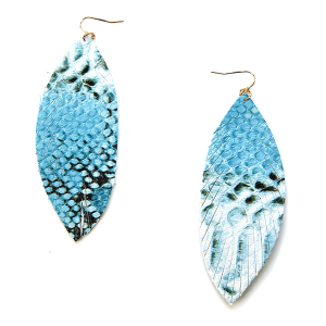 Earring 2580b 71 Viola leather fringe blue scale earrings