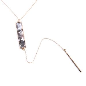 Necklace 105 78 Arcoba marble bar light gray