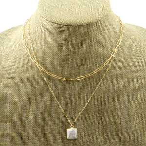 Necklace 1968b 78 A Project square gem white