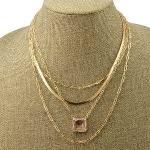 Necklace 1181a 82 Avant 4 layer chain square gem bright pink