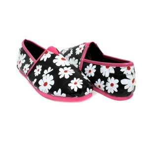 IY 138 flower slip on shoes fuchsia size 8