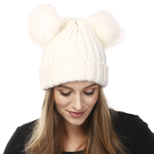 Winter Cap 200 04 LOF double pom poms white