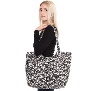 TPO MB0097 large leopard print tote bag