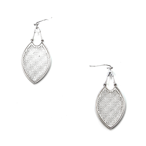Earring 1582d 50 It's Sense tear drop filigree earrings dangle silver
