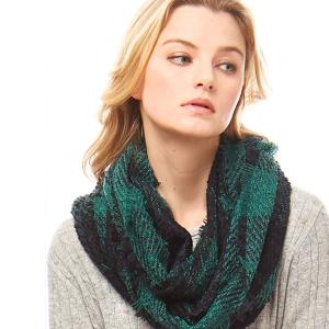 Scarf 556a 04 LOF fringe plaid scarf green