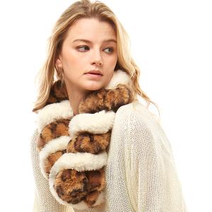 Scarf 529 04 LOF leopard faux fur oblong scarf ivory