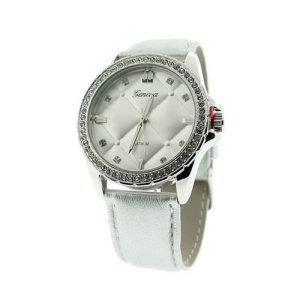 watch 112d 08 quilted crystal face silver
