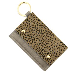 Keychain 047b 01 cheetah print card holder gray