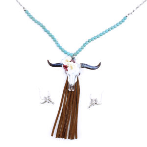 neck 375A 12 Tipi Beaded Longhorn Tassle Silver Turquoise