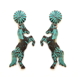 Earring 1824e 12 Tipi stud horse earrings patina