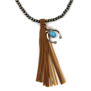 Necklace 686h 17 Hippie bead necklace tassel charm brown