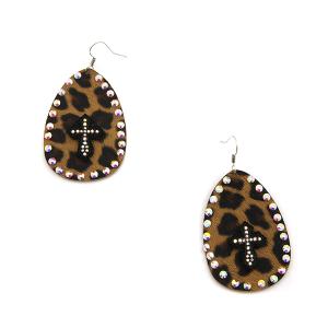 Earring 3544b 18 Treasure tear drop rhinestone leopard earrings cross black