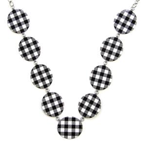 Necklace 462 18 Treasure buffalo plaid necklace links black white