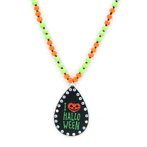 Neckalce 1485b 18 Treasure I love halloween necklace