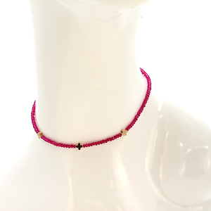 Necklace 1483a 22 No. 3 bead cross choker necklace fuchsia
