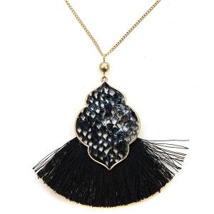 Necklace 396d 22 No. 3 tassel fan snake necklace print geo black