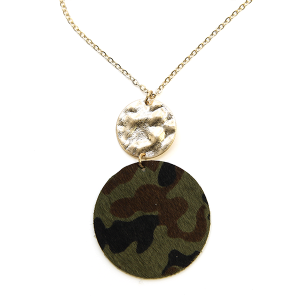 Necklace 152d 22 No. 3 leather circle camo necklace