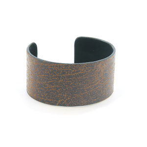 Bracelet 642l 24 Story By Davinci open bangle distressed dark brown