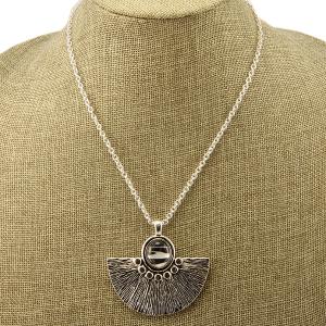 Necklace 1517a 40 Icon Collection fan zebra pendant