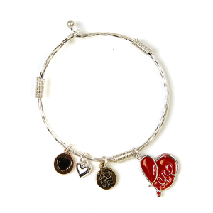 Bracelet 057a 47 Oori charm bracelet love