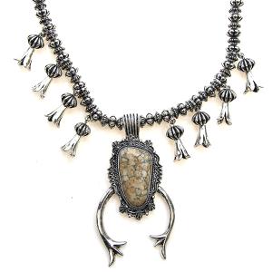 Necklace 1887 47 Oori navajo stone arc necklace silver beige