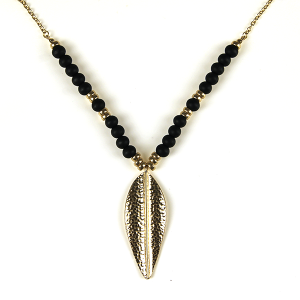 Necklace 754a 69 contemporary bead leaf pendant necklace black