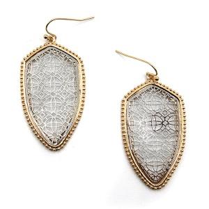 Earring 4716 77 Pomina contemporary filigree shield earrings gold silver