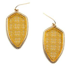 Earring 5531 77 Pomina contemporary filigree shield earrings gold yellow