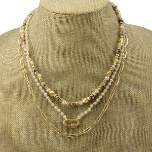 Necklace 1139d 82 Avant 3 layer bead carabiner natural